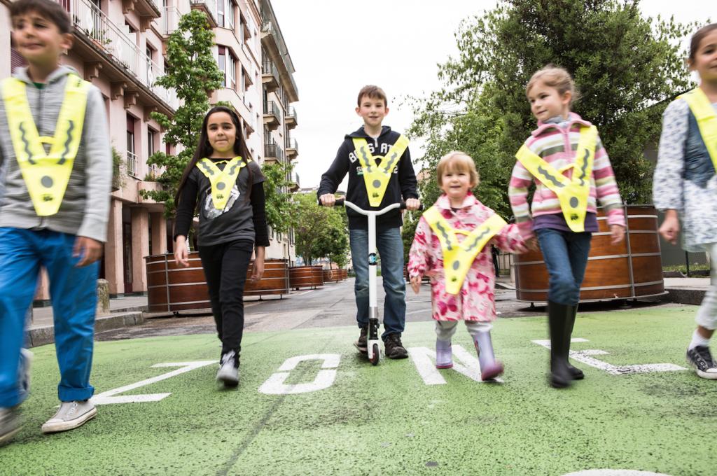 1 km a piedi fa bene agli scolari!